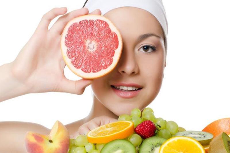 làm đẹp bằng những thực phẩm hấp thụ hàng ngày là phương pháp mà nhiều chị em cân nhắc nhất. Do tính tiện lợi và đa tác dụng của nó. Vậy ăn gì cho da trắng hồng?